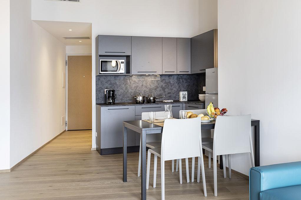 appartamento Monolocale residence Solei Plus cucina attrezzata